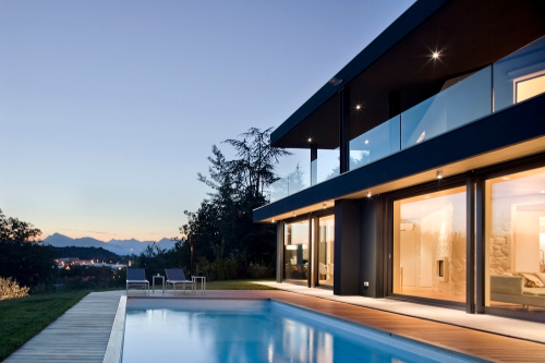 Villa On The Hills by iarchitects